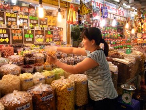 アンドン市場の風景。いいお母さんだった。