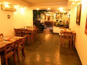Halo Hotelの食堂