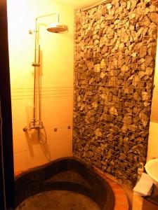 Halo Hotelのシャワー